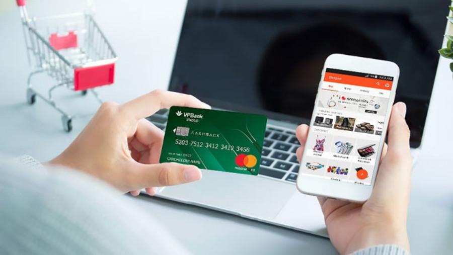 Mua hàng online bằng thẻ tín dụng