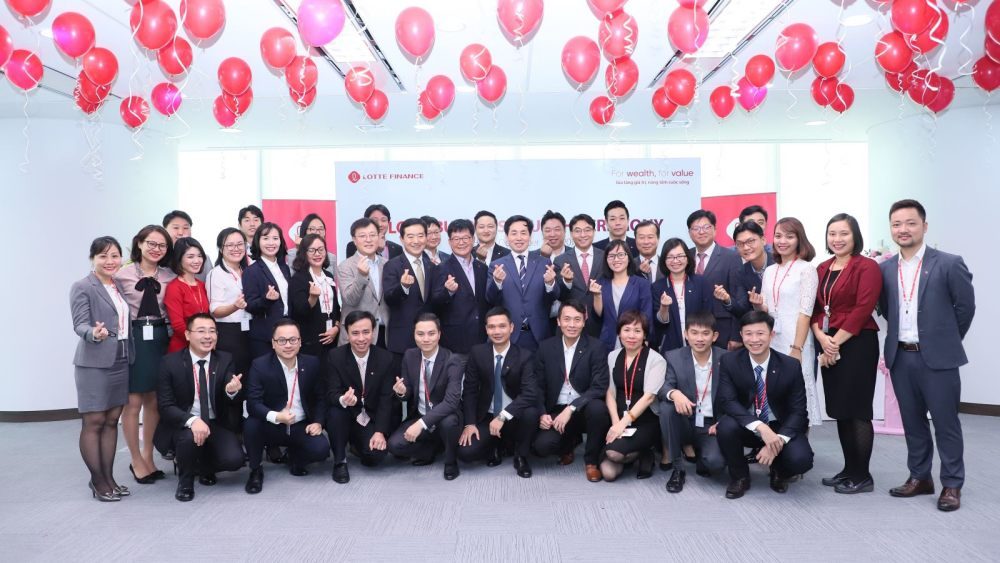 Nhân sự tại Công ty tài chính Lotte